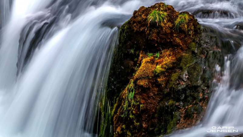 Iceland-detail-of-small-waterfall
