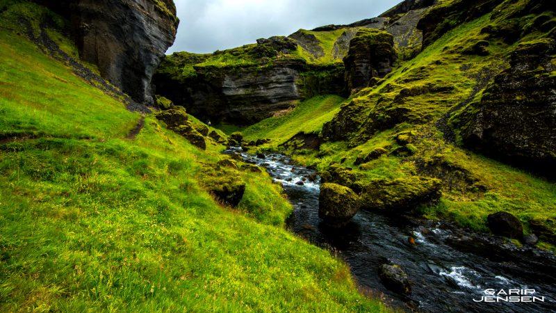 Iceland-hidden-place-near-skogafoss