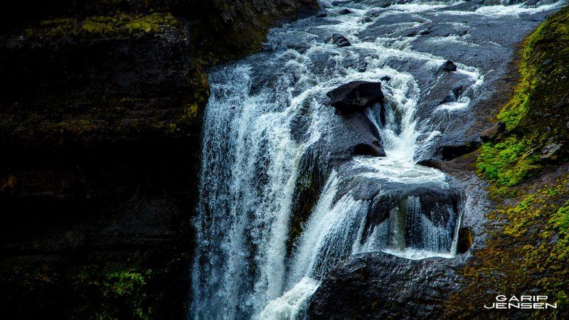 Iceland-hike-thorsmork-skogar-waterfall