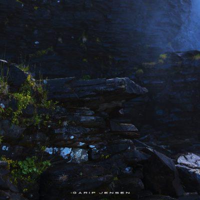 tännforsen-in-front-of-the-biggest-waterfall-of-Sweden
